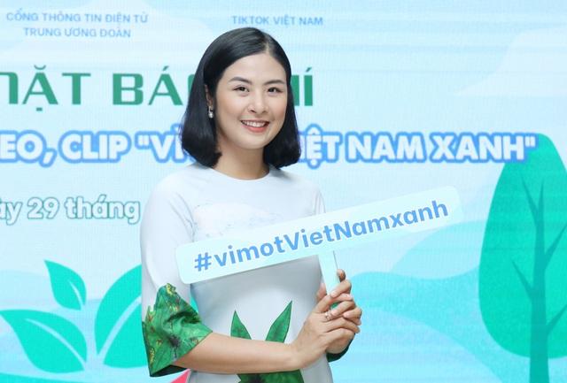 Hoa hậu Ngọc Hân tham gia cuộc thi làm video Vì một Việt Nam xanh - 2