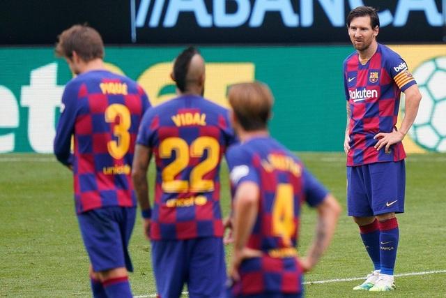 Messi không gánh nổi sự xuống dốc của Barcelona? - 2