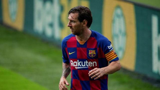 Messi không gánh nổi sự xuống dốc của Barcelona? - 1