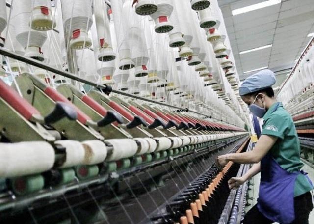 Sản xuất vải đang là 'nút thắt cổ chai' của ngành dệt may Việt Nam - 1