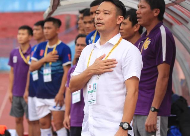 HLV Vũ Hồng Việt xin từ chức sau trận thua CLB Viettel - 1