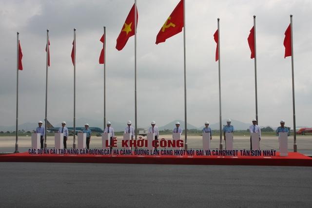 """Phó Thủ tướng phát lệnh """"giải cứu"""" đường băng 2 sân bay lớn nhất Việt Nam - 4"""