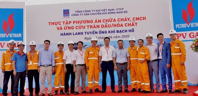 KĐN tổ chức thành công diễn tập PCCC trên hành lang tuyến ống dẫn khí Bạch Hổ - 3