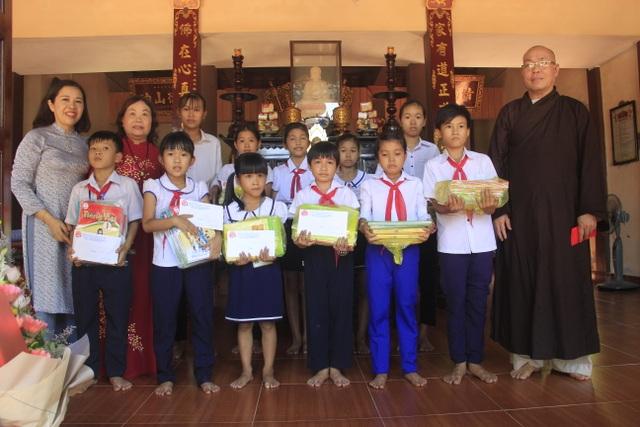 Tuyên dương, khen thưởng học sinh lọt vào chung kết năm Olympia - 3