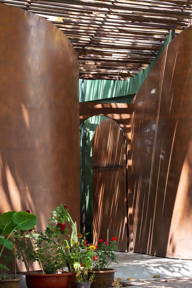Nhà vườn không cần đến gạch vữa khiến hàng xóm tò mò ở Vũng Tàu - 5