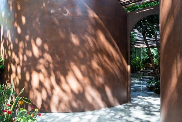 Nhà vườn không cần đến gạch vữa khiến hàng xóm tò mò ở Vũng Tàu - 6