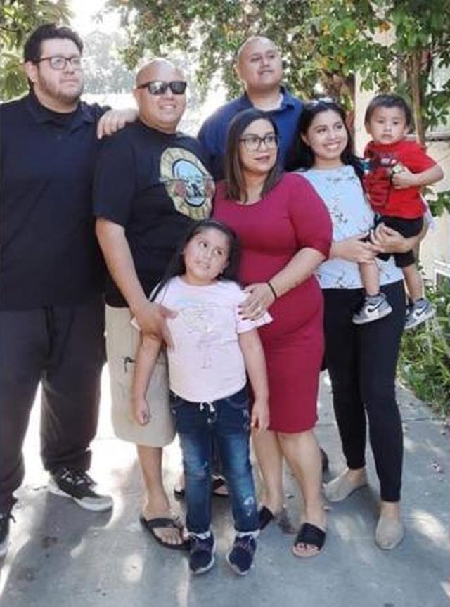 Mỹ: Cha tử vong vì Covid-19, 28 người trong nhà bị nhiễm virus - 1