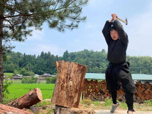 Trường đại học Nhật Bản đầu tiên trao bằng thạc sĩ... ninja - 1