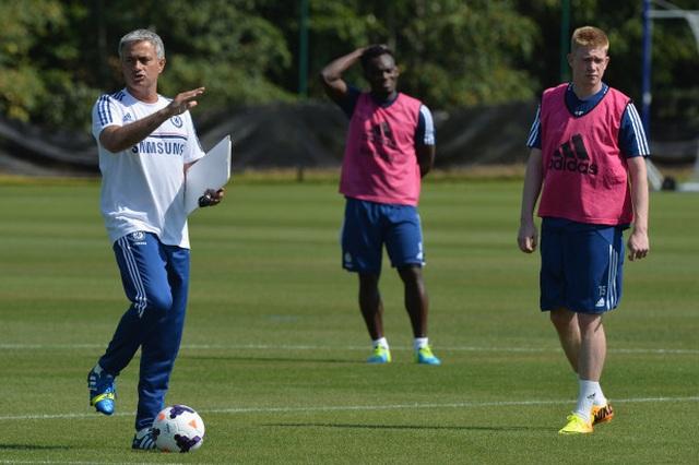 """Mourinho lại xung đột với cầu thủ: """"Gây chiến"""" ở khắp mọi nơi? - 10"""
