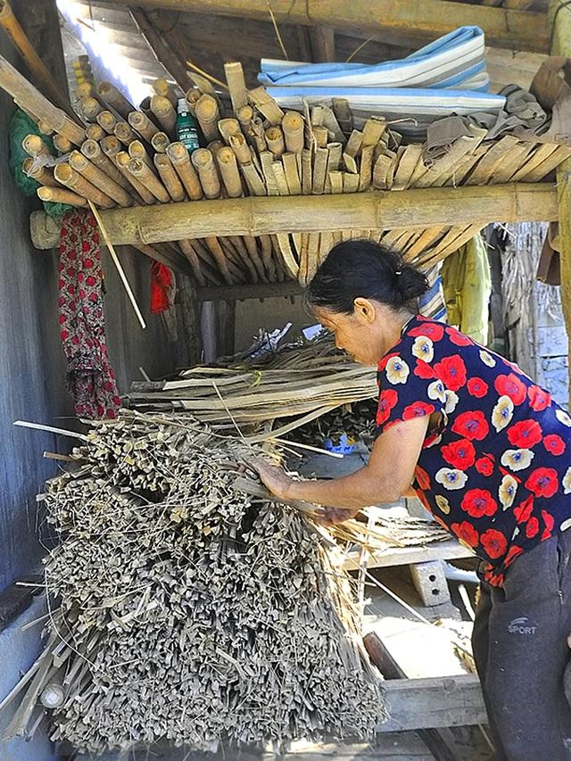 Hà Tĩnh: Bỏ túi hàng trăm ngàn đồng/ngày nhờ… trời nắng to - 5