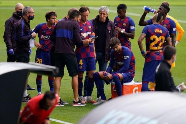 Messi và đồng đội mâu thuẫn gay gắt với HLV Quique Setien - 3