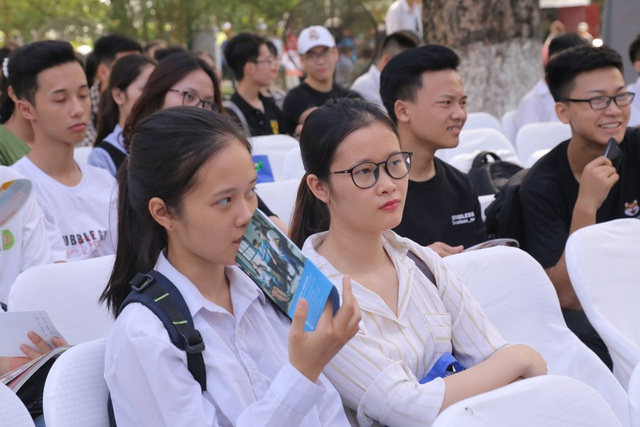 Hơn 250.000 thí sinh không tham gia xét tuyển ĐH,CĐ: Có đáng lo ngại ? - 3