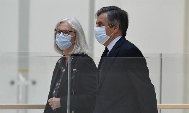Cựu Thủ tướng Pháp bị kết án 5 năm tù - 1