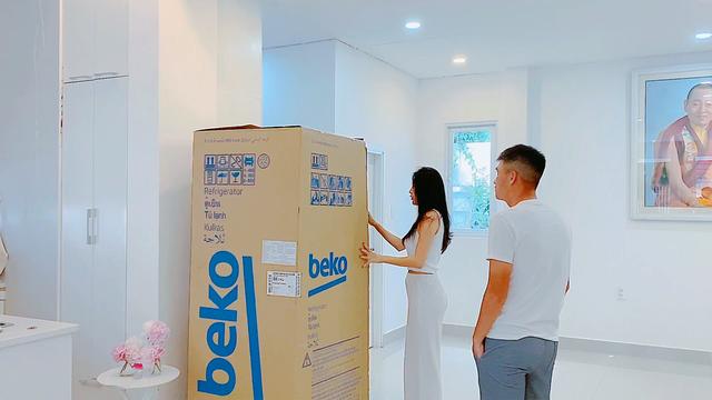 Tủ lạnh mới nhà Thủy Tiên có gì đặc biệt? - 1
