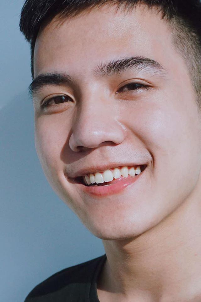"""Chàng trai Hà Nam sở hữu nụ cười duyên """"đốn tim"""" phái nữ - 3"""