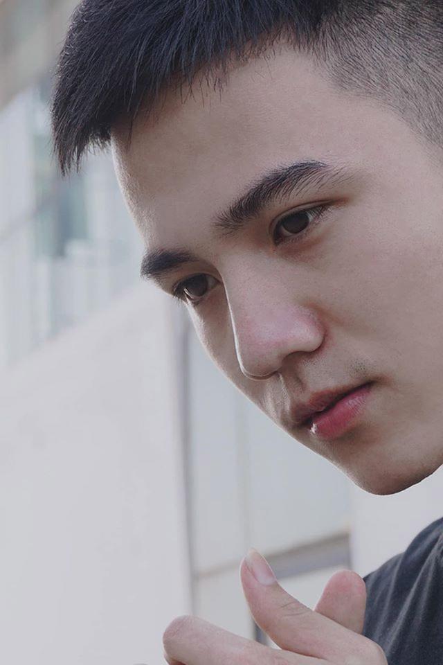 """Chàng trai Hà Nam sở hữu nụ cười duyên """"đốn tim"""" phái nữ - 4"""