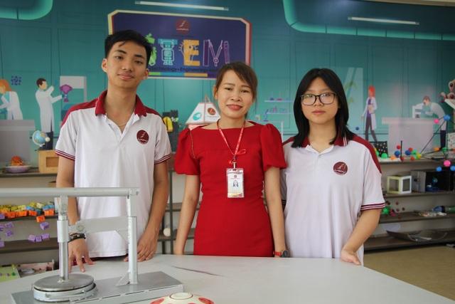 Đầu tư cho giáo dục STEM, học sinh Trường Hoàng Việt đạt giải thưởng Khoa học Kỹ thuật quốc gia - 4
