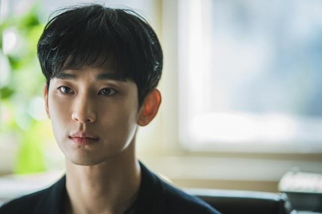 """Giải mã sức hút của """"Điên thì có sao"""" - phim mới của Kim Soo Hyun - 5"""