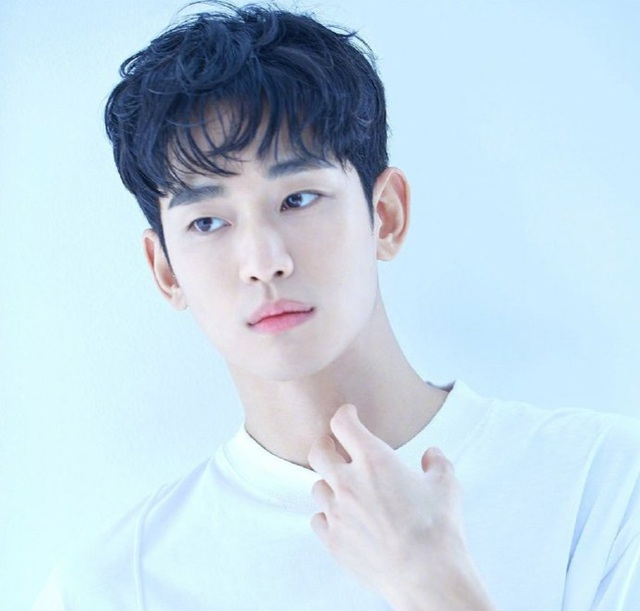 """Giải mã sức hút của """"Điên thì có sao"""" - phim mới của Kim Soo Hyun - 2"""