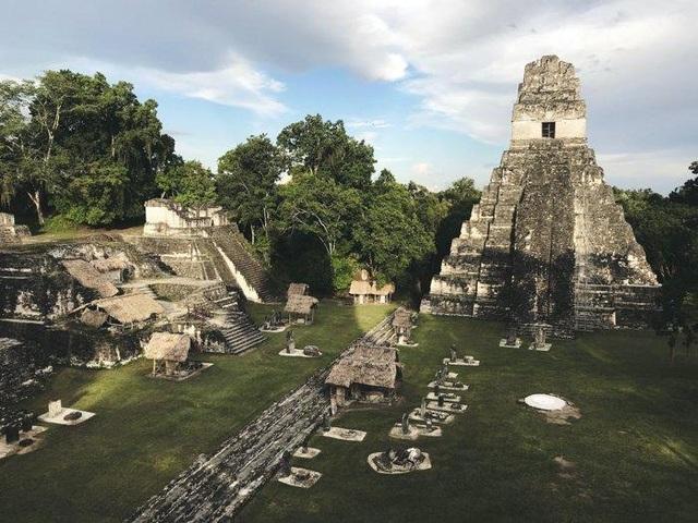 Thành phố của người Maya bị bỏ rơi bí ẩn - 1