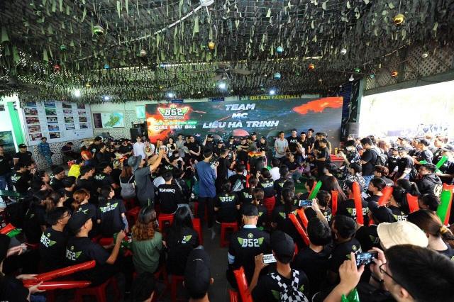 MC Liêu Hà Trinh, Vĩnh Phú và hơn 30 streamer tham gia ngày hội bắn súng sơn - 4