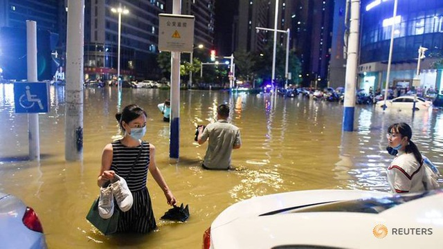Lũ lụt kinh hoàng ảnh hưởng tới 14 triệu dân tại Trung Quốc - 1