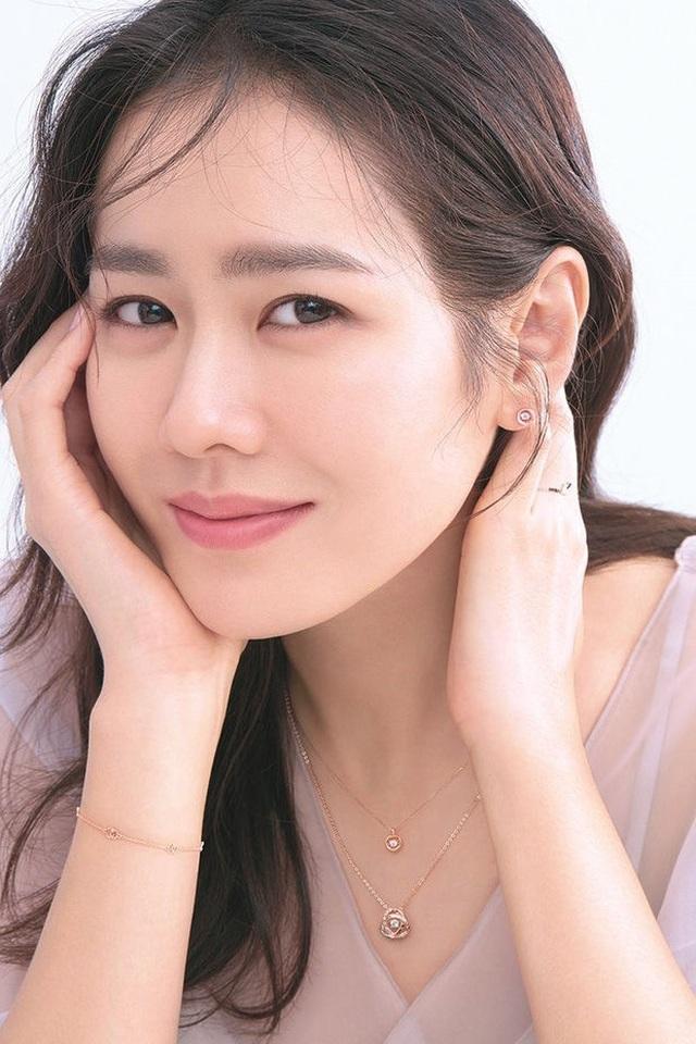"""Khoảnh khắc quyến rũ của mỹ nhân mặt mộc"""" Son Ye Jin - 3"""