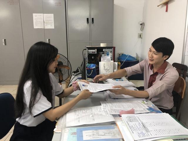 TPHCM: Không ít thí sinh đăng ký 19-20 nguyện vọng xét tuyển Đại học - 3