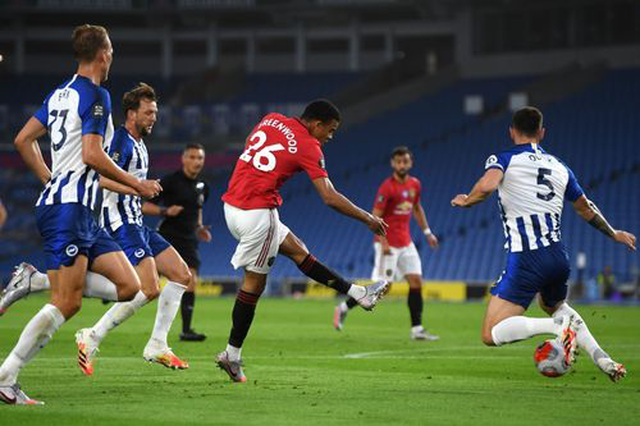 Brighton 0-3 Man Utd: Cú đúp của Fernandes - 11