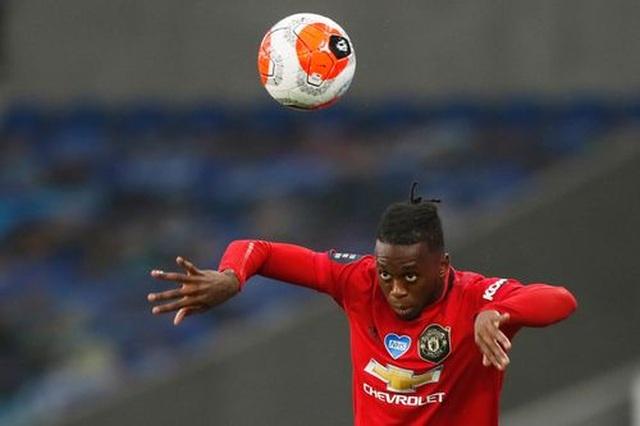 Brighton 0-3 Man Utd: Cú đúp của Fernandes - 12