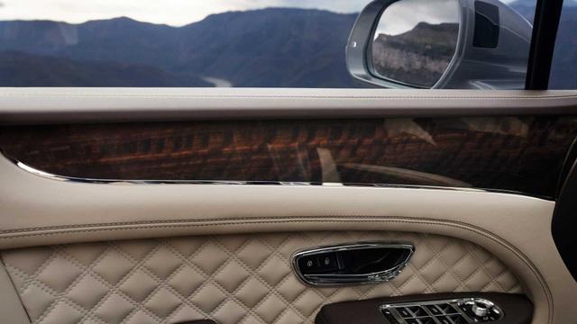 Bentley chính thức nâng cấp Bentayga cho phiên bản 2021 - 21