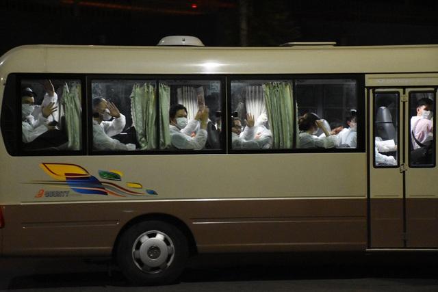 Đà Nẵng tiếp nhận, cách ly 230 công dân về từ Nhật Bản - 2