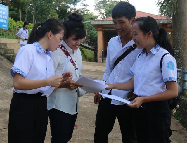 Đắk Nông trích ngân sách hỗ trợ thí sinh thi tốt nghiệp THPT - 1