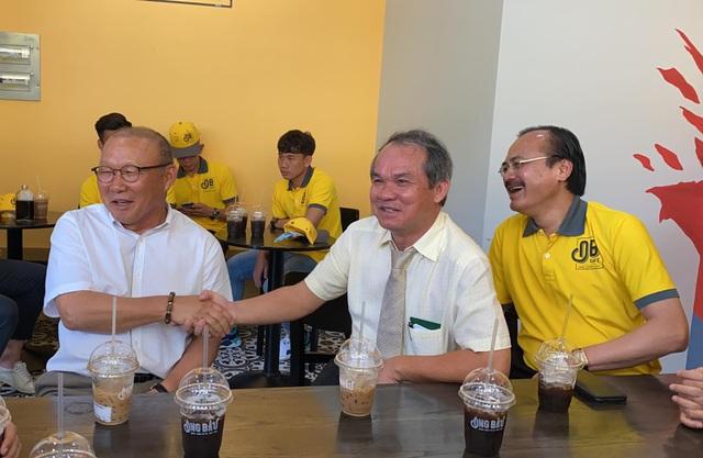 HLV Park Hang Seo lo ngại sức ép ở Bukit Jalil trước trận đấu với Malaysia - 1