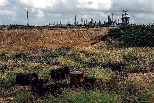 Sản lượng dầu thô thấp nhất 74 năm, Venezuela điêu đứng - 1