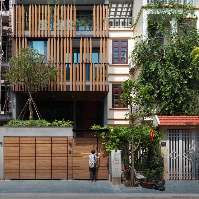 Độc chiêu giúp nhà phố hướng Tây ở Hà Nội mát rượi, không cần điều hòa - 2