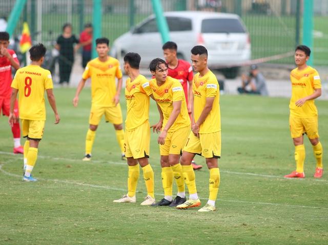 Cầu thủ Việt kiều Pháp bỏ dở trận đấu của U22 Việt Nam - 2