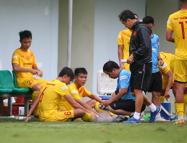 Cầu thủ Việt kiều Pháp bỏ dở trận đấu của U22 Việt Nam - 3