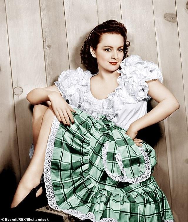 """Nữ diễn viên """"Cuốn theo chiều gió"""" vừa bước sang tuổi... 104 - 4"""