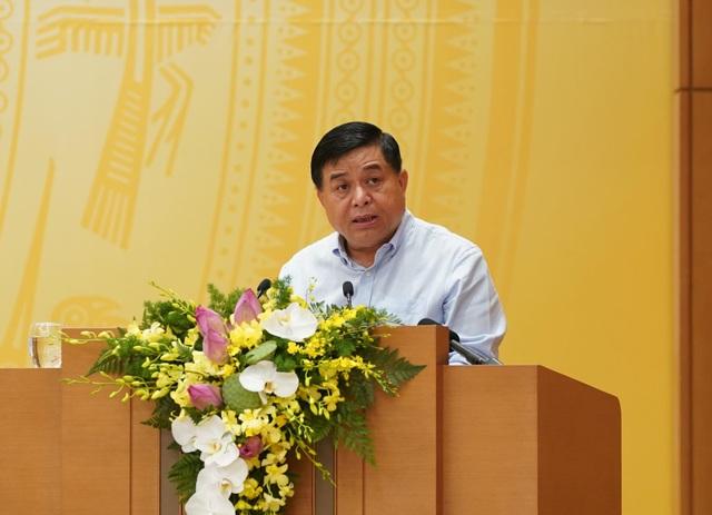 Vì sao tăng trưởng GDP quý II của Việt Nam thấp nhất trong lịch sử? - 1