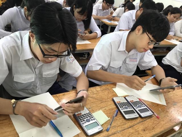 TPHCM: Khảo sát học sinh cuối cấp của hơn 50 trường học - 1
