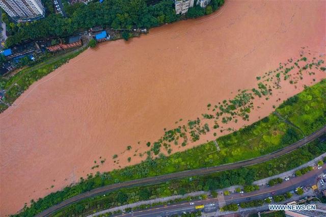 Phượng Hoàng cổ trấn gần đập Tam Hiệp ngập trong nước lũ - 5