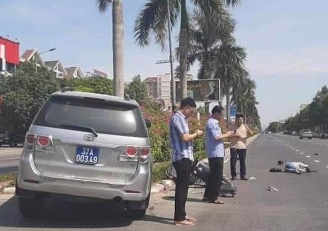 Vụ xe biển xanh tông cô gái: Xe của Ủy ban Kiểm tra Tỉnh ủy Nghệ An - 1