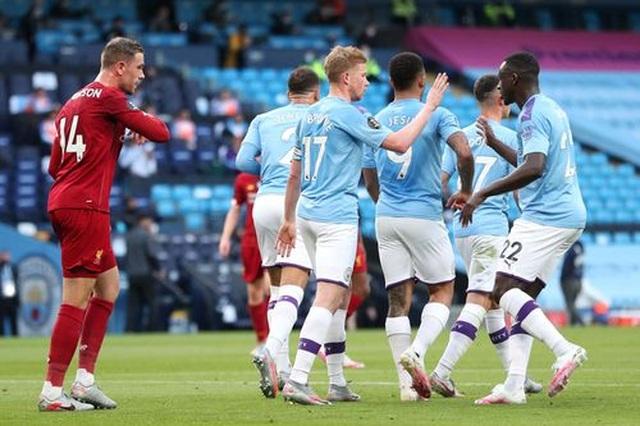 Những khoảnh khắc thất bại đắng chát của Liverpool trước Man City - 9