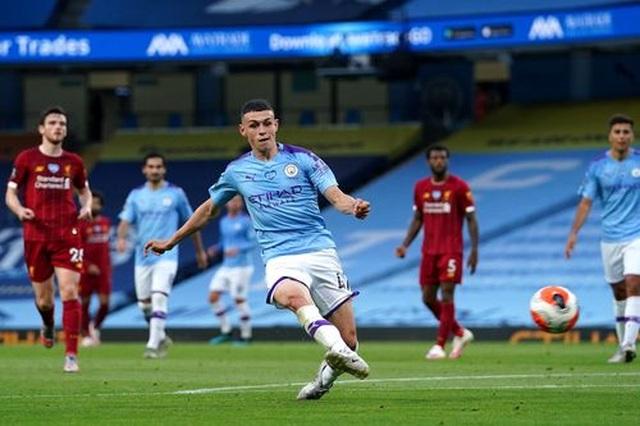 Man City 4-0 Liverpool: Nhà ĐKVĐ nhận trái đắng - 7
