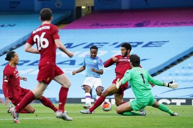 Man City 4-0 Liverpool: Nhà ĐKVĐ nhận trái đắng - 9