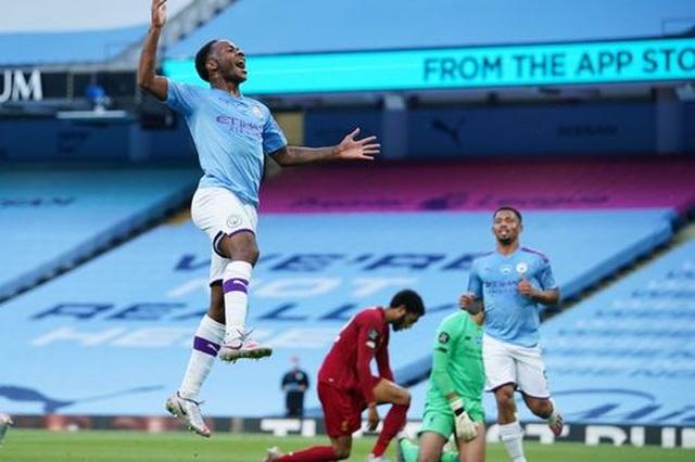 Man City 4-0 Liverpool: Nhà ĐKVĐ nhận trái đắng - 8