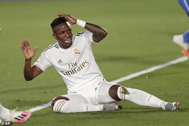 Ramos lập công, Real Madrid hạ Getafe và hơn Barcelona 4 điểm - 7