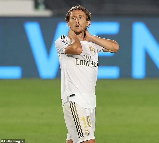 Ramos lập công, Real Madrid hạ Getafe và hơn Barcelona 4 điểm - 4