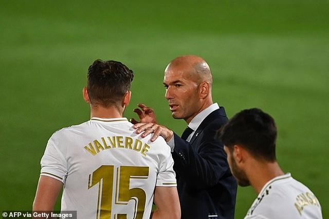 Ramos lập công, Real Madrid hạ Getafe và hơn Barcelona 4 điểm - 12